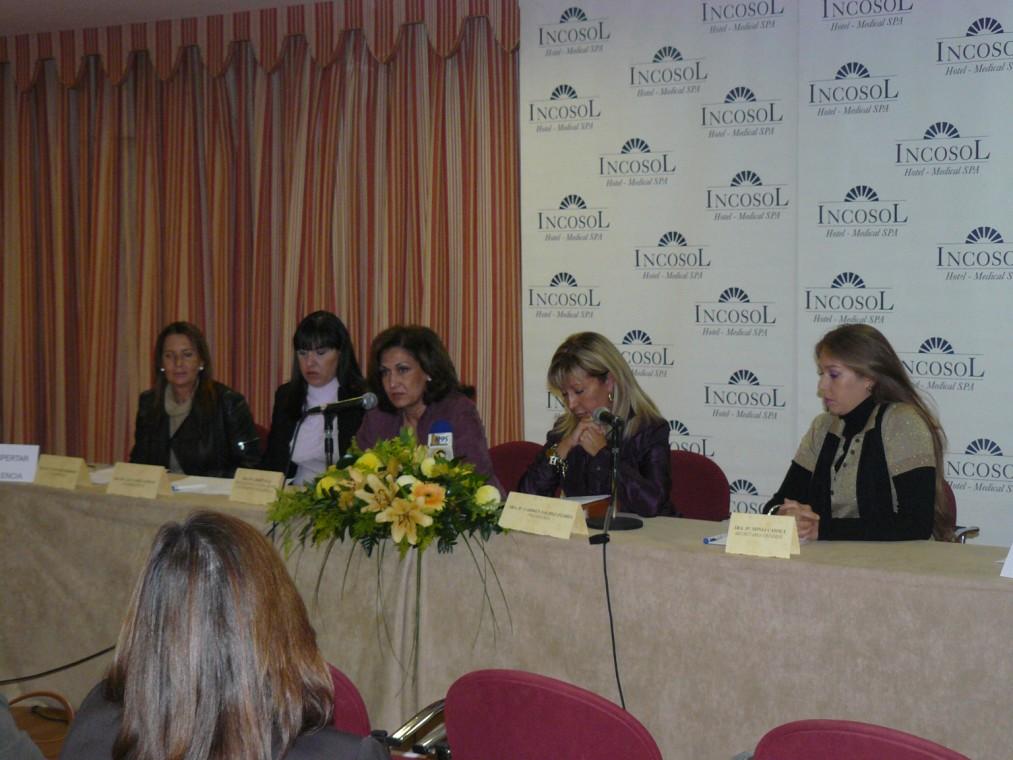 """presentación de la Asociación """"Despertar sin violencia"""" en el Hotel INCOSOL."""